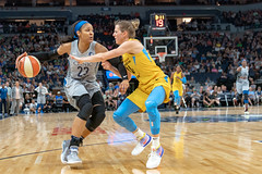 Maya Moore (23) handles the ball as she's guarded by Allie Quigley (14) (Lorie Shaull) Tags: amberstocks minnesotalynx lynx wnba basketball womensbasketball mayamoore alliequigley
