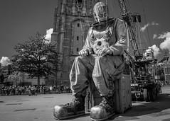 Giant diver (Ramireziblog) Tags: giant diver reuzen duiker diepzee leeuwarden royal de luxe nantes culturele hoofdstad kerktoren rusting resting
