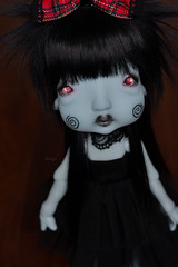 Humpty (Mientsje) Tags: cicus kane nefer bjd ball jointed doll artist humpty dumpty green yosd gothic