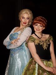 "Elsa and Anna 2 (Disney's ""Frozen"") (greyloch) Tags: dccosplays cosplay costumes disney portrait 2018 niksoftware canonrebelt6s magmod frozen elsa anna"