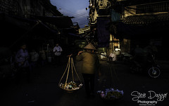 0S1A6855b (Steve Daggar) Tags: hanoi vietnam vietnamese street moody