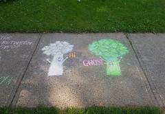 Hi Ghost (Fred:) Tags: broccoli chalk drawings drawing sidewalk trottoir dessin ghost fantôme dessins craie cauliflower choufleur vegetable légume food hi funny cute halifax novascotia westend kids children vegetables veggies légumes