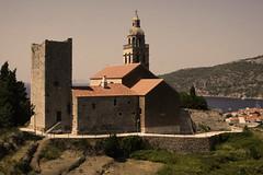 Komiža (dese) Tags: churchofsaintnicholas europa komiža vis croatia kroatia europe adriahavet july24 2018 july juli summer sommar ferie