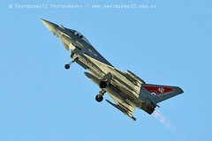 6060 Typhoon (photozone72) Tags: fairford aviation airshows aircraft airshow canon canon7dmk2 canon100400f4556lii 7dmk2 typhoon eurofighter raftyphoondisplay