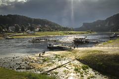 Labe (Zdenek Papes) Tags: zdenek papes labe lod boat boot elbe water fluss