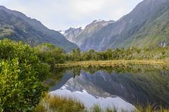 Paisaje neozelandés. (Victoria.....a secas.) Tags: nuevazelanda paisaje landscape lago lake reflejos reflections