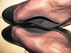 """new """"American Eagle"""" leather ballet flats, nylons and silver anklet - close up pics (Isabelle.Sandrine2001) Tags: americaneagle shoes pumps ballet flats ballerinas sabrinas tattoos anklet nylons stockings legs feet shoeplay dangling jeans"""