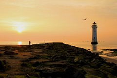 IMG_3301 (Lindsay Todd) Tags: coast seascape seaside sea newbrighton wirral lighthouse sunset