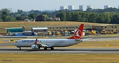 Turkish Airlines TC-JYI J78A0297 (M0JRA) Tags: turkish airlines tcjyi aircraft planes flying light clouds sky fields grass runways airports jets birmingham