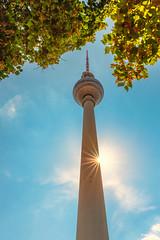 Berlin (Uwe Weigel) Tags: fernsehturm turm berlin himmel sky sun sonne sunbeams nice color germany city cityscape cityscapephotography tower travel trip travelphotography world