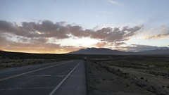 on the road driving the Peruvian Andes at sunset Arequipa Peru (roli_b) Tags: road drive driving peruvian andes anden peru arequipa sunset sun magic moments light mountains montañas berge clouds cielo sonne truck lorry camion 2018