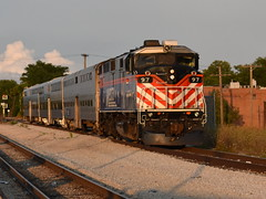 Done for the day (Robby Gragg) Tags: metra f59ph 97 joliet