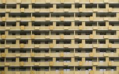 Golden Structure (CoolMcFlash) Tags: texture lines pattern city architecture facade building vienna fujifilm xt2 struktur textur linien muster stadt architektur fassade gebäude wien fotografie photography golden balkon balkony