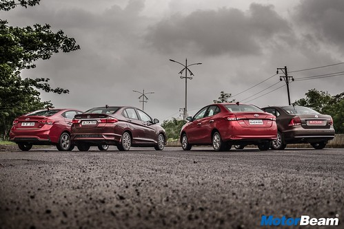 City-vs-Verna-vs-Yaris-vs-Vento-21