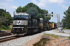 NS 119 7/27/18 (tjtrainz) Tags: ns norfolk southern 119 manifest train duluth ga georgia division piedmont greenville district sd60i 840cw c408w up union pacific sd70ace emd electro motive 6762 8421 8651