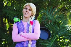 IMG_2447 (willdleeesq) Tags: comiccon comiccon2018 cosplay cosplayer cosplayers sandiegocomiccon sandiegocomiccon2018 sdcc sdcc2018 disney disneycosplay disneyprincess rapunzel tangled
