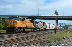 UP4029_BNSF645GB_KansasCityMO_250718 (Catcliffe Demon) Tags: uprr unionpacificrr usa missouri railroading railways sd70m emd diesellocomotive usatrip11jul2018 manifest burlingtonnorthernsantafe bnsf atsf atchisontopekasantafe dash944cw c449w