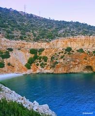 FİNİKE, Demre karayolu Finike çıkışı 10. Km de bulunan bu plaj  VE plajın  hemen doğusunda bulunan küçük mağara nedeniyle buraya mağaralı koy OLARAK biliniyor 👍📷🏊 1✪#mağaralıkoy 2✪#FİNİKE  3✪#demre 4✪#roads 5✪#beach (teknisyenarif) Tags: demre mağaralıkoy roads finike beach