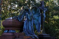 Köln_Melatenfriedhof0026 (schulzharri) Tags: köln cologne graveyard friedhof europa europe statue art kunst mortem tod stone figure