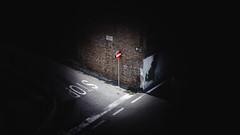 Scatto Misterioso - Pizzo Calabro (Federico.Michael.B) Tags: gialla rosso estate divieto strada street cartello sea mare vibo valentia calabria pizzo calabro