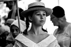Autrefois le Couserans (Ariège) (PierreG_09) Tags: ariège pyrénées pirineos couserans fête manifestation tradition saintgirons autrefoislecouserans portrait bw nb noiretblanc jeunefille jeunefemme