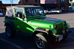 A beautiful green Jeep (MarkusR.) Tags: mrieder markusrieder nikon d7200 nikond7200 vacation urlaub fotoreise phototrip usa 2017 usa2017 southdakota custer city town stadt jeep auto car green grün