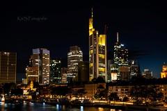 Frankfurt Skyline (K&S-Fotografie) Tags: cityscape skyline city skyscraper downtowndistrict streetlight financiadistrikt citylife tower clocktower officebuliding main reflection wasser nachtaufnahme nacht stadt himmel wolkenkratzer gebäude