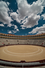 Madrid (silvia_mozzon) Tags: plaza toros plazadetoros lasventas madrid spain spagna espana europe europa travel travelphotography bull torero sony sonyalpha sonyalpha7 sonya7 manualfocus manuallens 15mm laowa manuale wide wideangle polarized architecture architettura history clouds cloudy summer holiday toro corrida