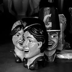 ... Cabezudos ... (Lanpernas .) Tags: cabezudos comparsa gigantes donostia fiestas fiesta verano summer 2018 semanagrande camerpahone
