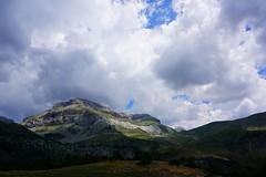 Senda de Camille - Day 4 - Refuge de Lizara, Pyrénées, Spain (olivier.amiaud) Tags: sendadecamille montagne pic vert bleu peak col collado pass lizara aspe pyrénées aragon spain pirineos randonnée orage cloud nuage