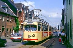 09420 (220 051) Tags: krefeld 827 strasenbahn tram tramway tranvia trambahn חשמליה 市内電車 路面電車 有轨电车 有軌電車 trikk tramwaj трамвай eléctrico villamos električka tranvai sporvogn spårvagn ترامواى tranvía carro raiitiovaunu τραμ streetcar
