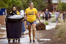4news (NAUNews) Tags: biggs josh move movein residence dormitory students freshmen