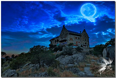 Palacio del Canto del Pico (UfoSp@in ஐ★Freelance Photo★ஐ) Tags: palaciodelcantodelpico torrelodones moon luna blue canonef100400mmf4556lisusm canoneosm50 stone skyline spain sky spagna sierradeguadarrama style best beatiful night nubes negro myself mac madrid macbookpro war wind retoques texturas travel textures textura topaz treasure twitter traveling year ufo ufospin ufospinphotography iso instagram photo photography photoshop photomatrix paint mountain montañas view españa exposure explore espagne ef estrellas 2018 live verano sun granito arquitectura escudo heraldo love full obturador af secuncia hand nikon print soul comunidaddemadrid