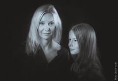 J&S (floerioHH) Tags: 2018 portrait xt20 monochrome bnwcaptures blackandwhite bnwphotography bnw blackandwhitephotography monochromeart fujifilm monochromephotography sw schwarzweis