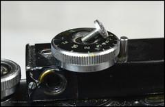 Certo Dollina II Repair Notes (01) (Hans Kerensky) Tags: certo dollina ii rangefinder folder repair remove focus wheel knob