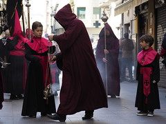 Procesión Santísimo Cristo de la Luz 2018 (Iglesia en Valladolid) Tags: popularpiety popularreligiosity folklore procession religion tradition devotion religiosidadpopular piedadpopular religiosidad fe decocion tradicion castillayleon spain valladolid holyweek semanasanta