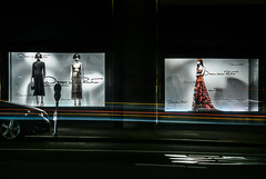 saks fifth avenue on post (pbo31) Tags: sanfrancisco california nikon d810 august 2018 summer boury pbo31 city urban color black night dark unionsquare shopping lightstream motion traffic roadway saksfifthavenue fashion dress poststreet window store department