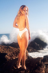 Madison Iseman For Rhyea Swim (Lexie Alley) Tags: madisoniseman actress lexiealley ocean malibu california water editorial ad canon jumangi gold goldenhour swim swimwear swimsuit blonde portrait sunny beach