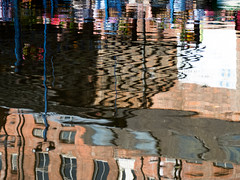 Canal Reflection (Andy Sut) Tags: nottingham uk england citycentre urban building reflection canal water