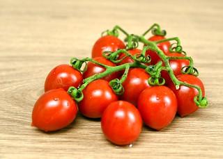 215 - 365 Tomatoes
