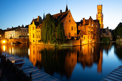 Rozenhoedkaai at Night (Rob Shenk) Tags: europe europe2018 vacation architecture history canal tripod travel rozenhoedkaai bruges brugge medieval longexposure night nightphotography belgium belgique reflection flanders