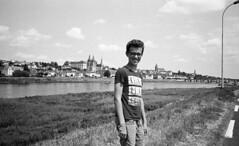 2018 zomer Blois Kano (driesvandenelzen) Tags: leicam3 voigtlander 35mm color skopar bw nb zw trix400 adonal frankrijk vakantie mesland blois matthijs