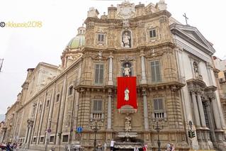 Il canto dell'alberghiera con chiesa di San Giuseppe dei Teatini !!