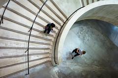 Brace For Impact (Sean Batten) Tags: london england unitedkingdom gb europe tatemodern tate people nikon df 35mm city urban stairs spiral artgallery