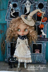 """witch 2018 • <a style=""""font-size:0.8em;"""" href=""""http://www.flickr.com/photos/37432486@N07/43268050664/"""" target=""""_blank"""">View on Flickr</a>"""