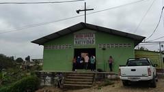 Preparando la capilla de la Natividad en el barrio de El grito de La Libertad para la acogida de familias, fruto de la misión parroquial