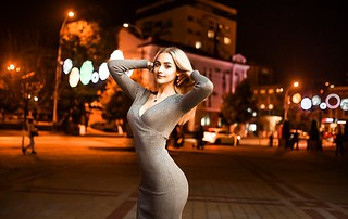 women_portrait_tight_dress_blonde_women_outdoors_necklace_cleavage_smiling-1228434