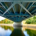 Friedensbrücke von unten thumbnail