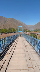 Peru Keeping Things Straight (Eye of Brice Retailleau) Tags: angle beauty composition landscape outdoor panorama paysage perspective scenery scenic view extérieur mountain mountains vanishing point ciel blue sky river stream path bridge pont puente south latina america perou peru