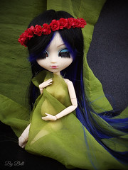 Esperando... (♪Bell♫) Tags: pullip naomi momoko yoko groove doll